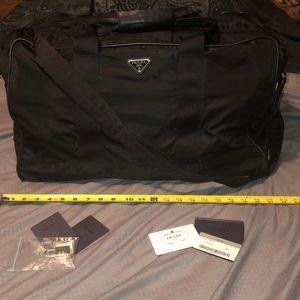 f626373ecf74a4 Prada Bags   Nero Sacca Da Viaggio Carry All Like New   Poshmark